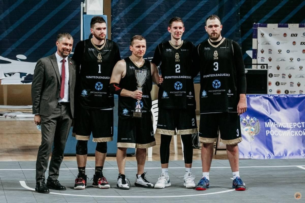 Андрей Моргунов поздравил победителей и призеров баскетбольного фестиваля среди команд ЦФО
