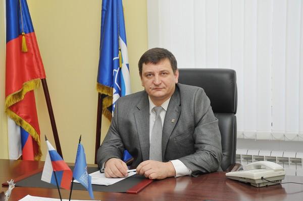 Депутаты от Партии ранее избрали Игоря Ляхова руководителем фракции «Единой России» в Облдуме.