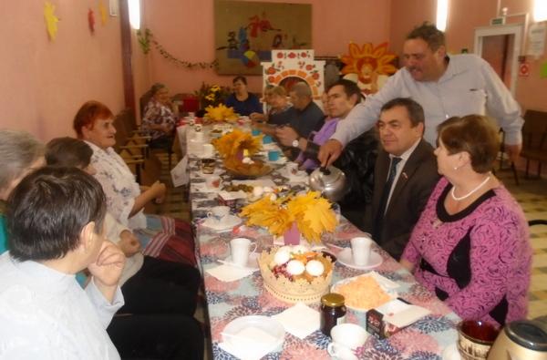 В Ершичах отметили Международный день пожилых людей