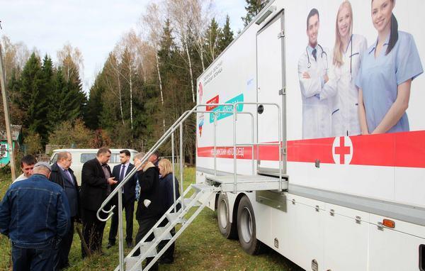 Рославльчане побывали на приеме у медиков автопоезда «Здоровье Смоленщины»