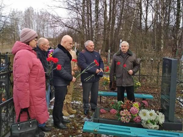 Руднянские единороссы почтили память земляков, погибших при исполнении воинского долга в Афганистане
